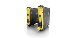Safety relay for use with Triconex safety PLCs