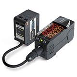 OMRON ZX2-LDA41 2M Sensor Laser CMOS Amplifier DC PNP out 2m